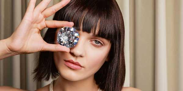 Kolekcja Crystal z kryształkami Swarovwskiego