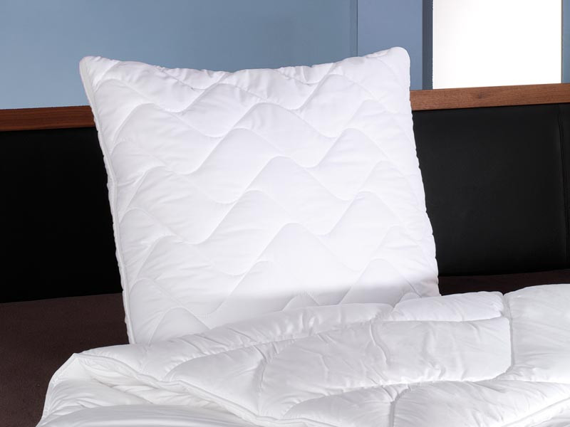 Poduszka antybakteryjna FAN Klimakomfort Dacron95 40x80