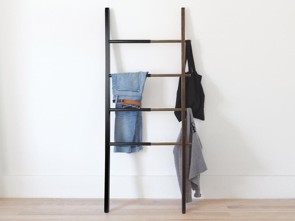 Stojak na ręczniki/ drabinka Umbra Hub Walnut Black