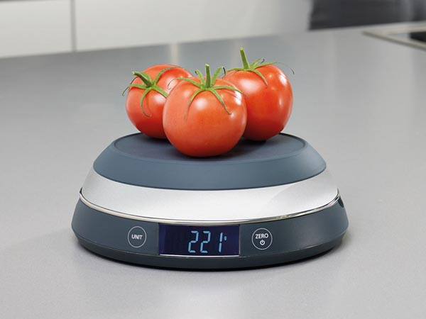 Waga kuchenna z odwracaną miską Joseph Joseph Switch Scale