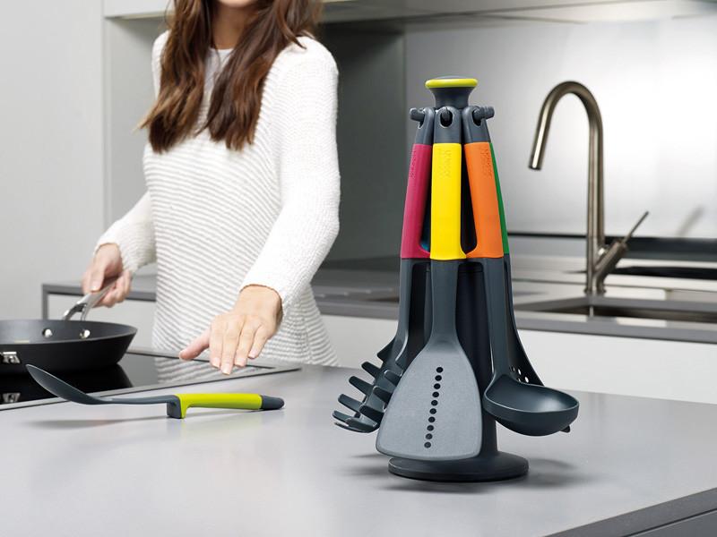 Zestaw narzędzi kuchennych x6 na stojaku Joseph Joseph Elevate